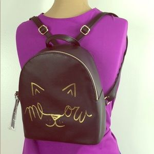 T-Shirt & Jeans 🐱 Mini Kitty Cat 'Meow' Backpack